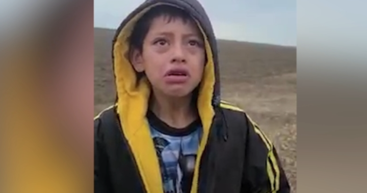 Migrant boy found wandering alone in Texas had been deported and kidnapped