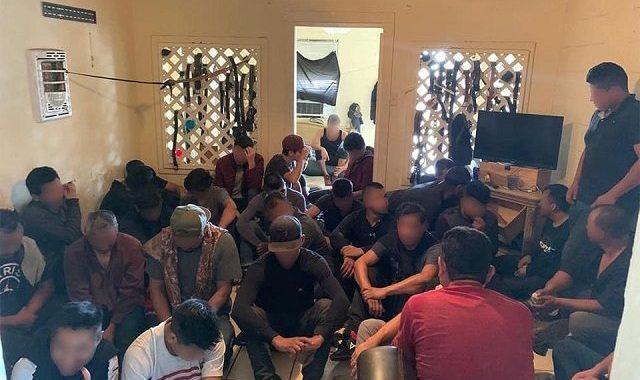 100 Migrants Found in Stash House near Border in Texas